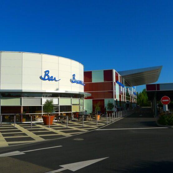 façade extérieure Super U d'Olonne-sur-Mer