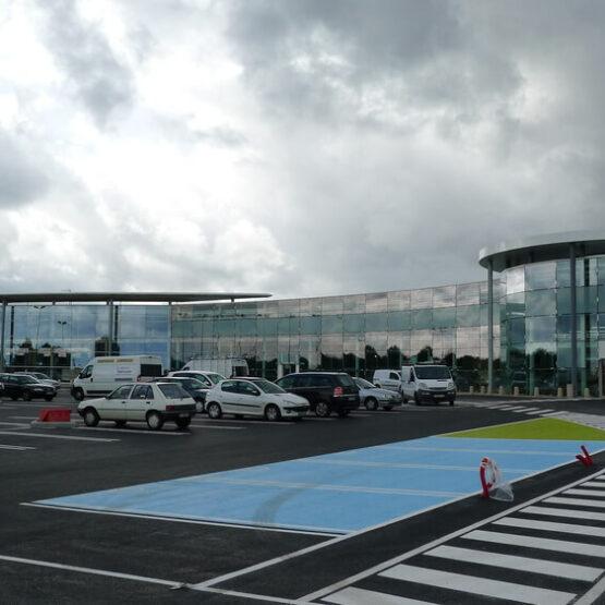 Parking centre commercial Leclerc Jardres