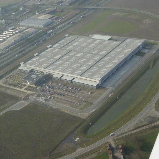 Vue aérienne de l'entrepôt logistique de Daimler Chrysler