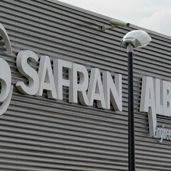 Enseigne usine Safran Commercy