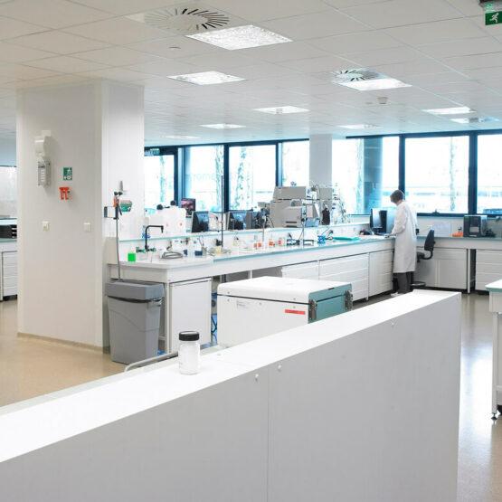 Laboratoire-Usine-Cosmétique-Sisley