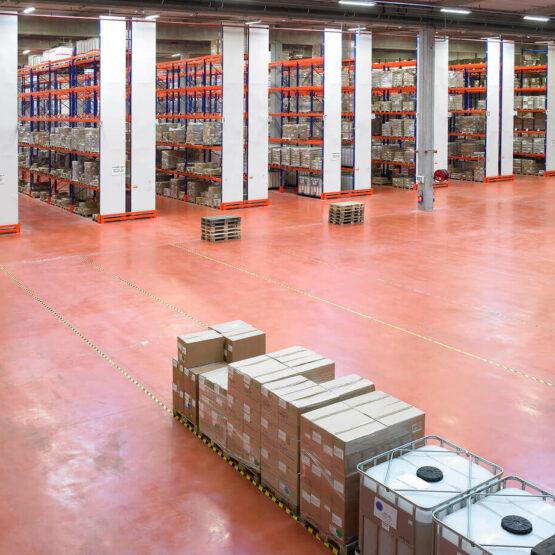 Entrepôt stockage usine Sisley